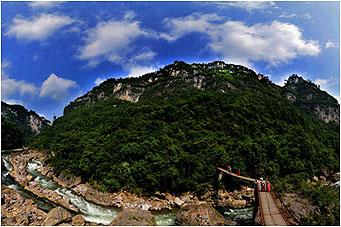 南江大峡谷休闲观光一日游